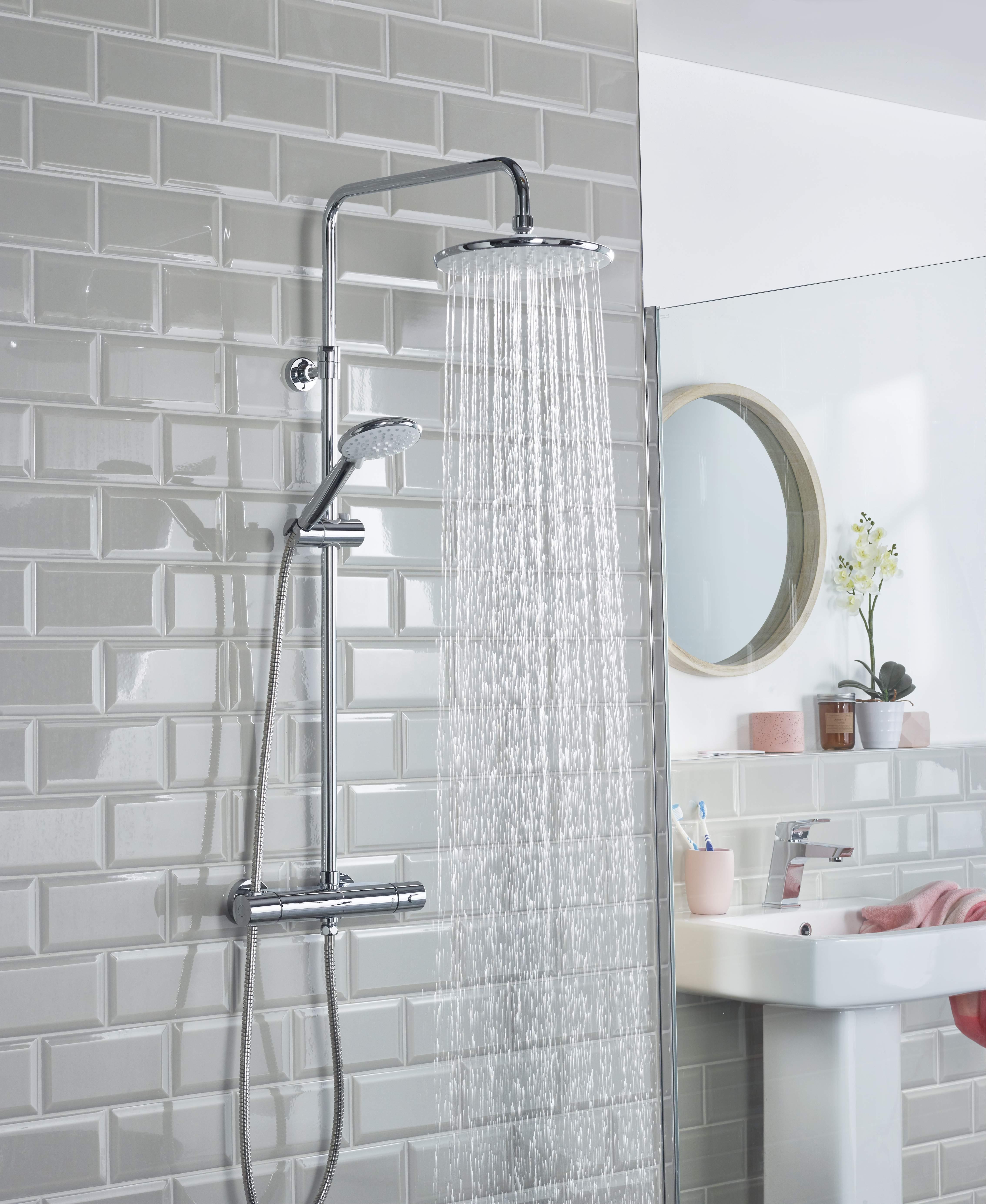 Buzz Wallmount 12 shower