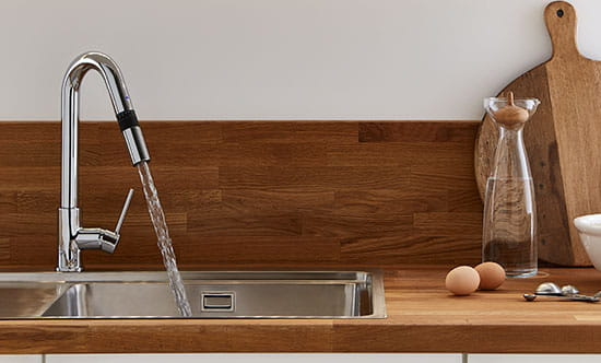 The clever kitchen tap that can deliver exact measures of water in millilitres, pints and cups.