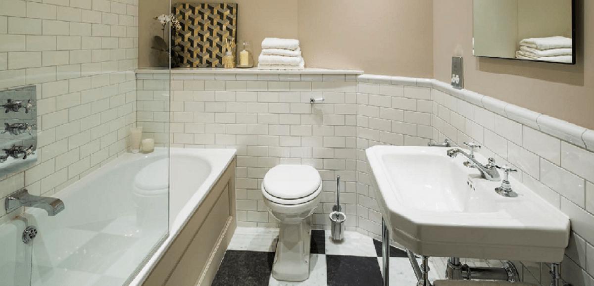 Station Court Bathroom