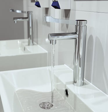 A CGI of a Solo Non Thermostatic Basin Mixer