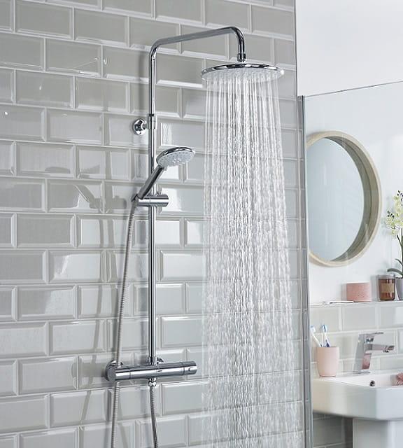 Buzz Bar Shower
