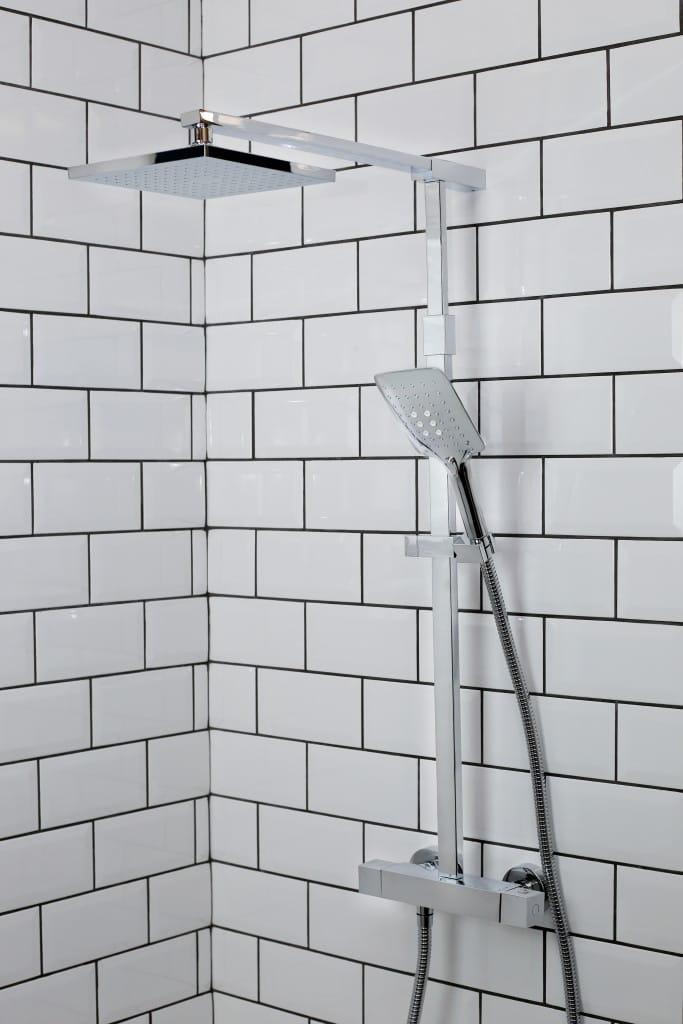 The Quadrato Bar Shower